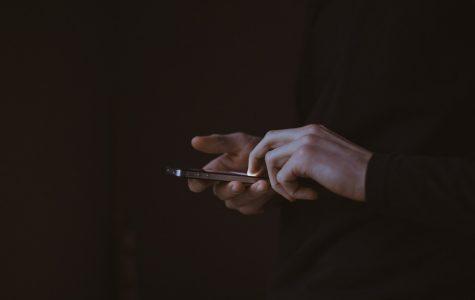 Allow cell phones in schools