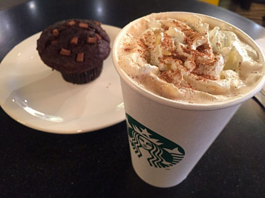 Starbucks%27+pumpkin+spice+latte+is+synonymous+with+the+fall+season.
