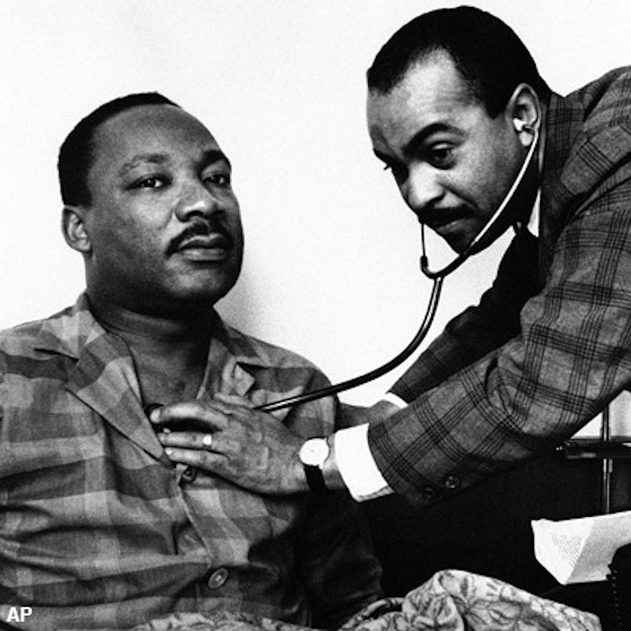 Walter+P.+Lomax+Jr.%2C+M.D.+examines+Martin+Luther+King+Jr.+during+his+visit+to+Philadelphia%2C+Pa.+in+February+1968.%0A
