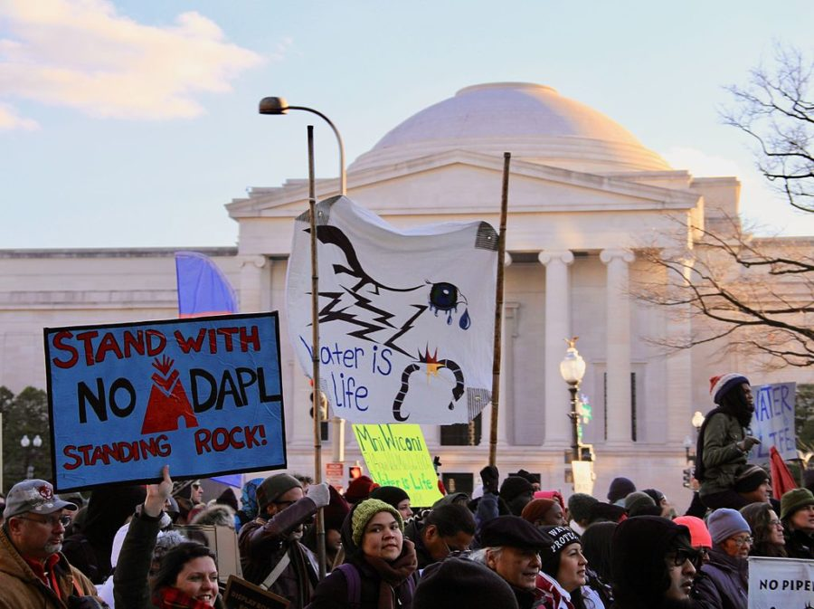 Protests+re-erupted+across+the+country+following+Trump%27s+resurrection+of+the+Dakota+Access+Pipeline.+